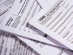 Are you a US citizen who is delinquent in filing taxes?  We can advise you of the best way to become compliant and avoid penalties.